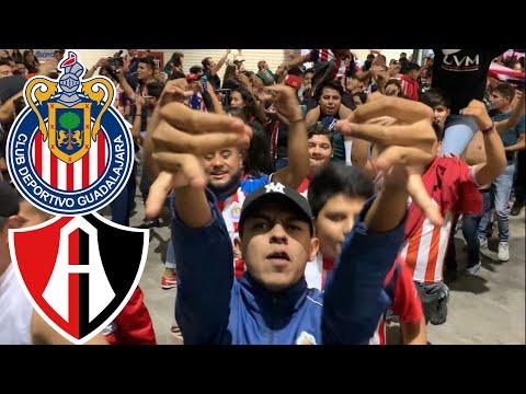 """""""LA IRREVERENTE, REJA, INSURGENCIA & AFICION - CHIVAS VS ATLAS"""" Barra: Barra Insurgencia • Club: Chivas Guadalajara"""