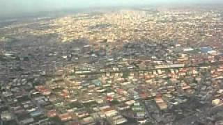 preview picture of video 'FINAL APPROACH AND LANDING AT LAGOS  FROM ACCRA ON UA990 9-26-1   PART 2.'