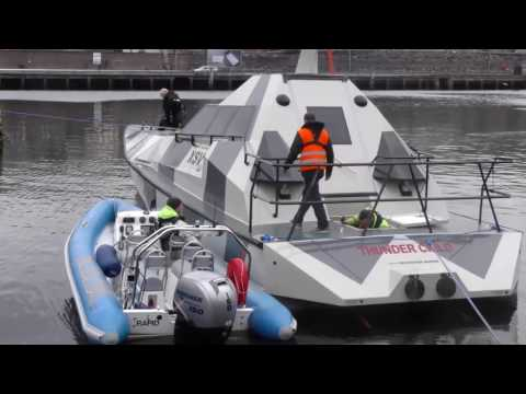 Thunder Child XSV 17 : Le bateau insubmersible