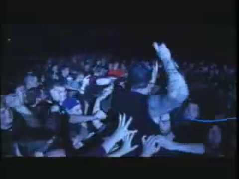 AGNOSTIC FRONT - For My Family (OFFICIAL LIVE)