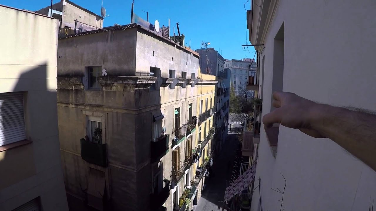 Lofted apartment with private terrace next to Ramblas and Port Vell for workers and postgraduates