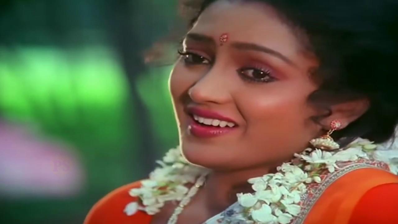 Sokkanukku Vacha Sundariye Lyrics Tamil English