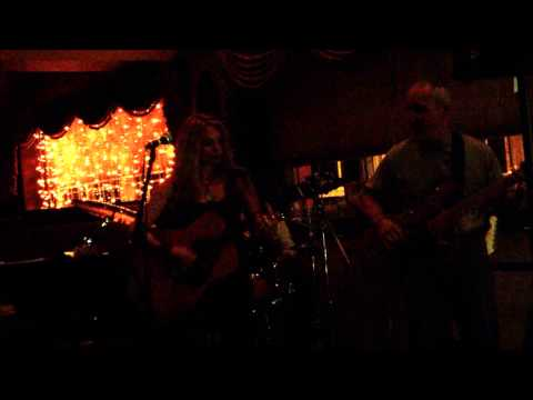 "The Second Chance -- ""Dead Flowers"" (The Rolling Stones) cover LIVE at Lakeview"