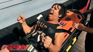 Vickie Guerrero vs AJ Lee Raw Nov 18 2013...