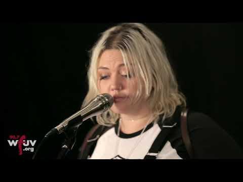 """Elle King - """"Shame"""" (Live at WFUV)"""