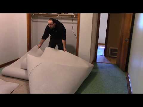Carpeting a 12×18 bedroom w/ stock frieze