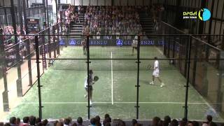 preview picture of video 'Partido completo FINAL PADEL PRO TOUR Pamplona 2010 Parte 1'