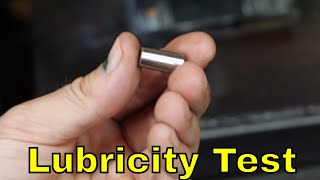 How does the oil lubricity tester work?