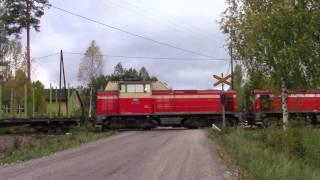 VR T 3361 passed LOKAKYLÄ (km.0500+0800) level crossing @ Kannonkoski, Finland