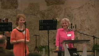 preview picture of video 'Jean Potter ('Istennel, otthon' konferencia - Bicske, 2010)'