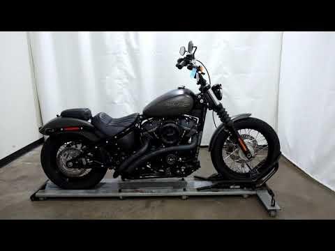 2018 Harley-Davidson Street Bob® 107 in Eden Prairie, Minnesota - Video 1