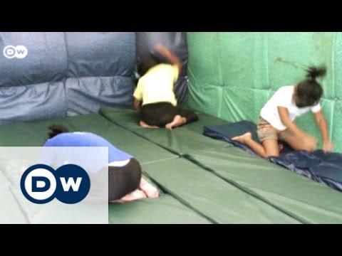 フィリピンの児童買春|