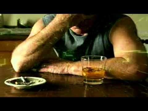 La raíz del eléboro del alcoholismo