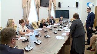 В новгородском избиркоме прошла жеребьевка по распределению бесплатного эфирного времени и печатных материалов