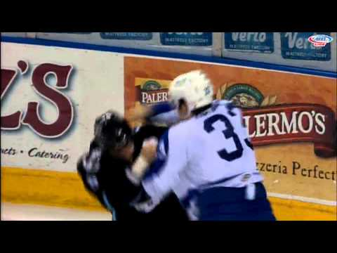 Jamie Devane vs Mike Liambas