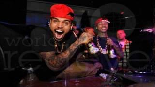 Chris Brown - Gettin Money (Throw These Racks)