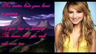 A Dream Is A Wish Your Hearts Makes   Disney Circle of stars (Chipettes/ esquiletes) com letra