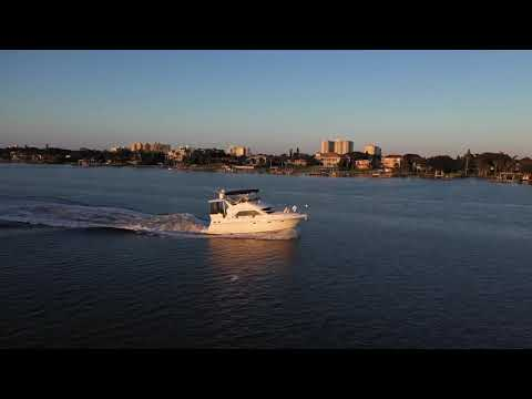 Cruisers Yachts 3750 Motor Yacht video