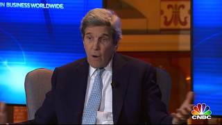 Davos 2019: 'People will die because of the President's decision'. Secretary John Kerry