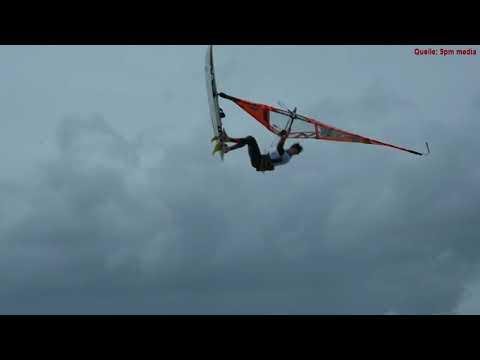 Windsurfen im Sturm Xavier auf Sylt