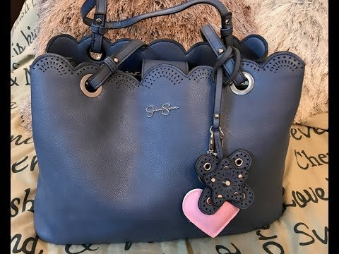 What's in my Jessica Simpson Cornflower Blue Harper Bag