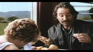 Trailer of French Kiss (1995)
