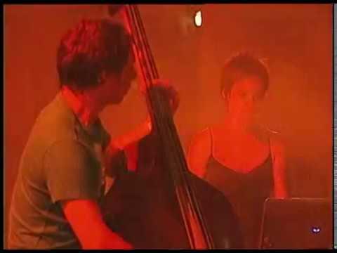 Bajofondo video En vivo en Buenos Aires - Diciembre 2005