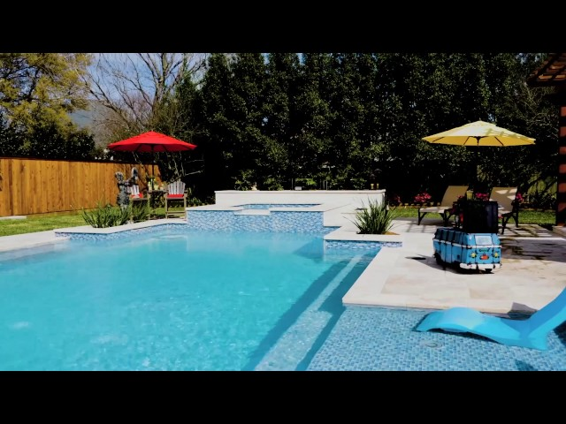 Luxury Swimming Pools Customized For You.