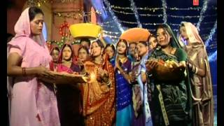 Aragh Ke Ber Bhojpuri Chhath Geet by ANURADHA PAUDWAL [Full Video] I Chhath Pooja Ke Geet - Download this Video in MP3, M4A, WEBM, MP4, 3GP