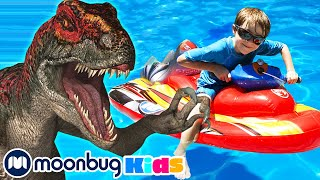 Dinosaur at the Pool with Baby T-Rex | Jurassic Tv | Dinosaurs and Toys | T Rex Family Fun
