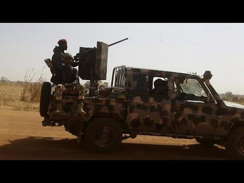 Nigeria: la reddition de jihadistes fait débat sur la stratégie de guerre Nigeria: la reddition de jihadistes fait débat sur la stratégie de guerre
