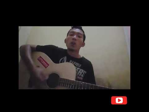 Keliwat lorone( cover dedy cecha) song writer thatung