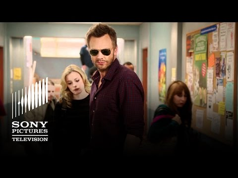 Community - Staffel 3 }}