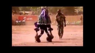 Indio comanche bailando dance electronico