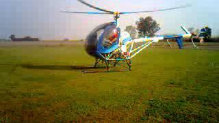 preview picture of video 'Despegue  de Helicóptero en casilda'