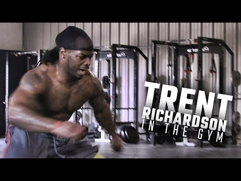 Trent Richardson showcases skills during workout with trainer Mike McCoy
