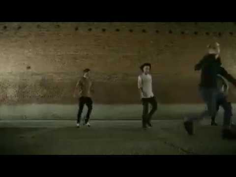 One Direction - History (Alternative Ending/Deleted Scene From The Official Video) (видео)