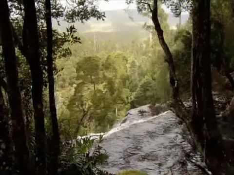Australie : Tasmanie deforestation 1/2 Tasmania on Fire – Yann Arthus Bertrand