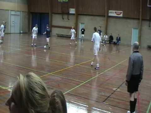 Zaalvoetbal - Cantina La Bamba / All 4 Fit tegen Cafe de Hei
