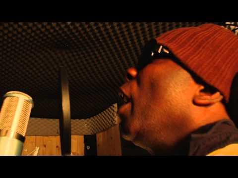 DENNIS BOVELL & ROOTS UNITED inna DJ AFGHAN BUNKER STUDIO (SOULOVE RECORDS)