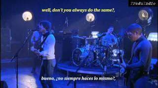 Arctic Monkeys- Dancing Shoes (inglés y español)