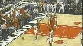Dennis Rodman's (10pts/21rebs/10asts) Triple Double vs. 76ers (1996)