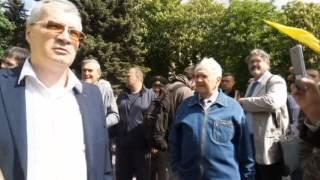"""9 мая в Днепре: произошла драка между активистами """"Правого сектора"""" и полицией"""