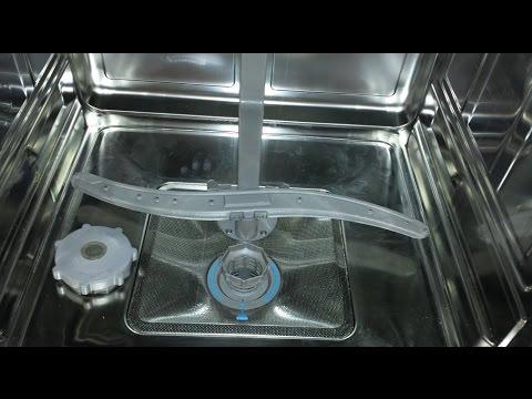 Geschirrspüler reinigen