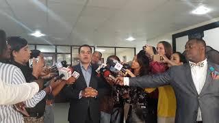 """Elías Báez insta a Leonel ponerse los """"pantalones"""" contra la reelección"""