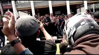 Nova Iriansyah Jumpai Mahasiswa, Aksi Demo pun Berakhir