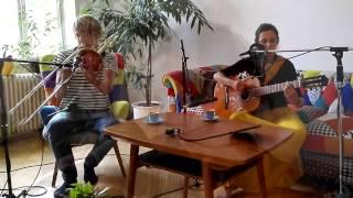Video Two For Tea - Řezník