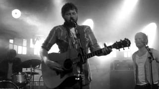 Dan Mangan- The Indie Queens are Waiting (Live)