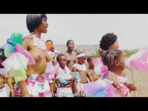 African Zulu maidens Royal reed dance ceramony best touristic destination