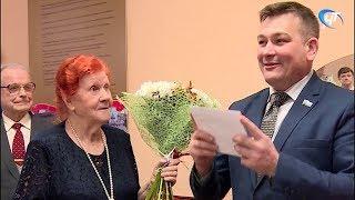 Педиатр с полувековым стажем Александра Ивановна Щенникова отмечает 90-летие